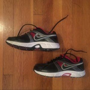 Nike Dart 9 Running Shoes- Black, White & Hot Pink